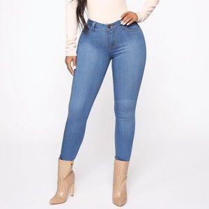 Fashion Nova Mid Rise Skinny Jeans